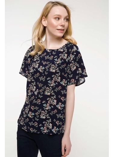 DeFacto Kolları Volan Detaylı Çiçek Desenli Bluz Lacivert